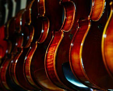 初心者が選ぶべきバイオリンの価格相場や新品か中古かについて