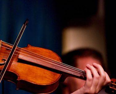 バイオリンの移弦を上手にする練習方法【これで初心者もばっちり】