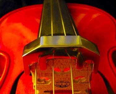 マンション住いのバイオリンの騒音や苦情の対策は消音機が良い?