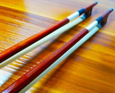 バイオリンの角弓と丸弓、どっちが良い弓?どう違う?