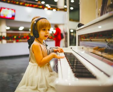 子どもにバイオリンやピアノを習わせる時の注意ポイント3つ